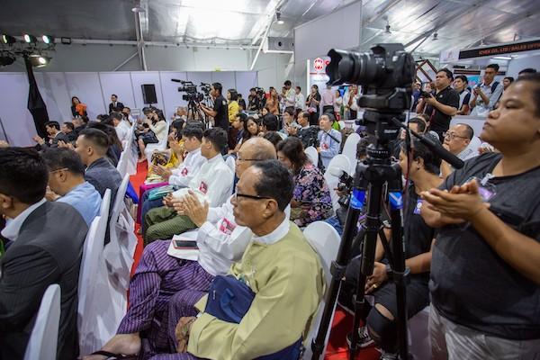 http://www.myanmarbuilddecor.com/uploads/gallery/SHOW_ATMOSPHERE_2019_06